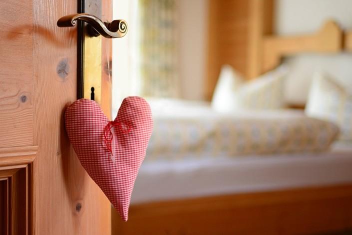 Ferienwohnung Döllerer Reit im Winkl, willkommen im separaten Schlafzimmer